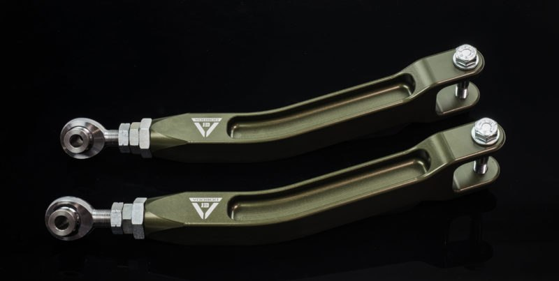 Voodoo13 High Clearance Rear Toe Arms for Nissan Skyline 89-94 RWD R32
